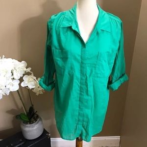 ❌ 4/$10 Chico's Green Button Front Shirt Size 3